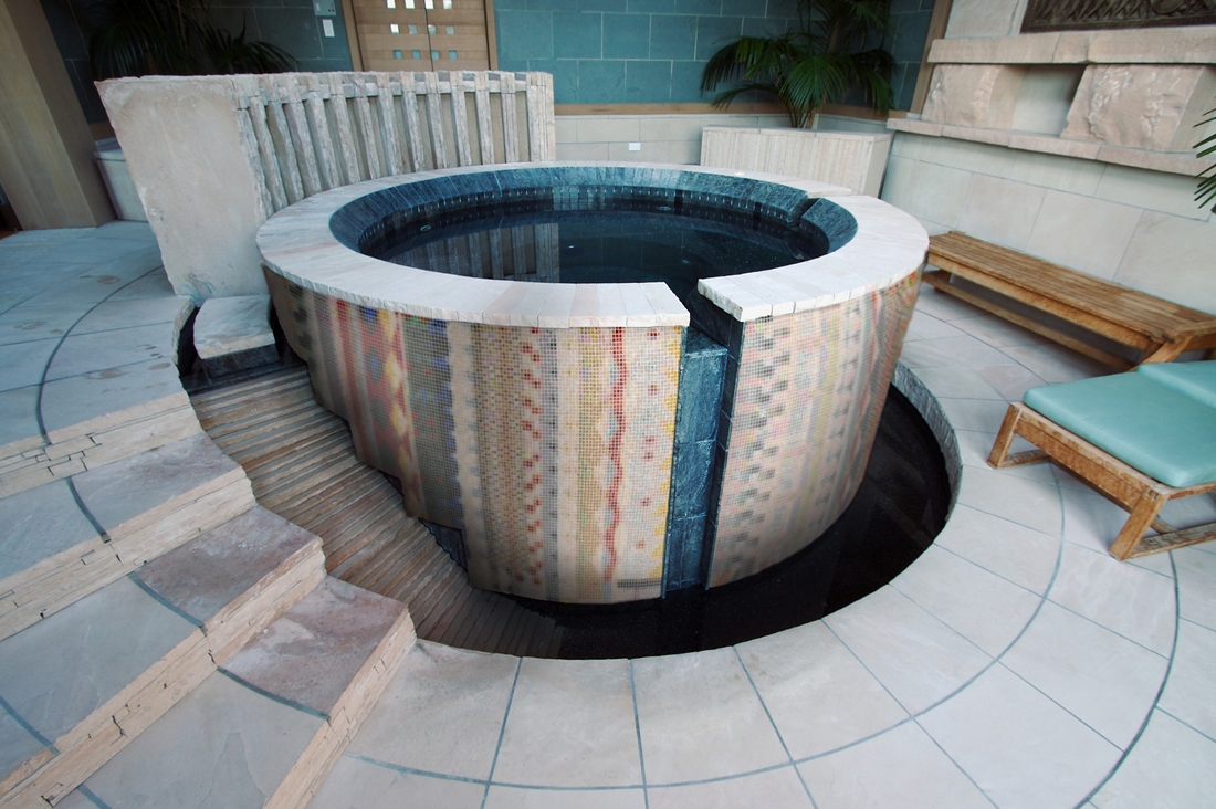 Aztec Hot Tub