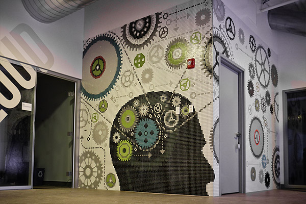 dng-2014-masschallenge-gears-mosaic-final-installation_artaic
