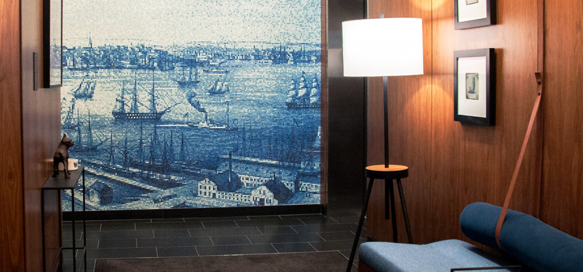 01152138-Hacin-Back-Bay-Lobby-Wall-four51Marlboro-blue-mosaic-boston-sintered-glass-clear-glass-beauty-shot-couch
