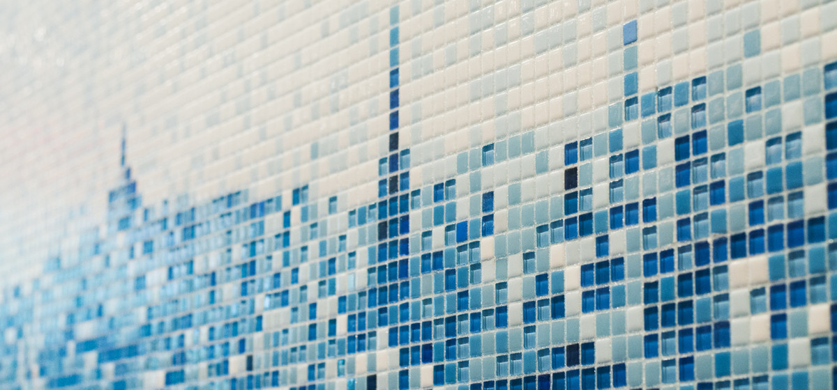 01152138-Hacin-Back-Bay-Lobby-Wall-four51Marlboro-blue-mosaic-boston-sintered-glass-clear-glass-close-up
